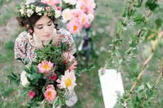 7 Bride Hairstyles, Hair Trends, Wedding Bouquets, Floral Wreath, Wedding Inspiration, Crown, Wreaths, Hair Styles, Flowers