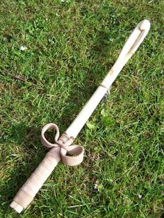 Atlatl thrower