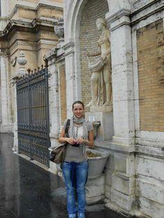Musei Vaticani, quelli dietro. Ovvio.