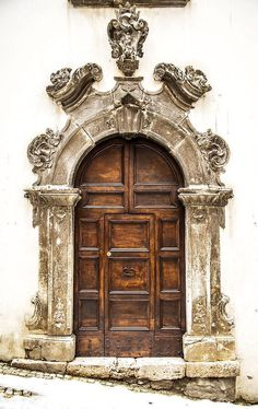 Scanno, L'Aquila, Italy door