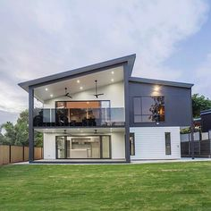 Make your home your own with Scyon. This ingenious minimalistic design by Innovative Constructions. Dream House Exterior, Exterior House Colors, Exterior Design, Bungalow Exterior, House Roof Design, Facade House, Beautiful House Plans, Dream House Plans, Double Story House