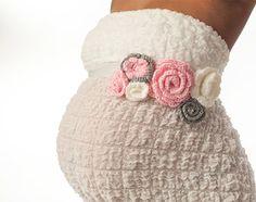 Crochet Flower Maternity Sash/ Baby Girl Gender Reveal / Maternity Sash/ Belly Band/ Crochet Flower Bely/Crochet Maternity Prop
