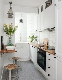 If you are looking for Apartment Kitchen Design Ideas, You come to the right place. Below are the Apartment Kitchen Design Ideas. This post about Apartment Kitchen Design Ideas was posted under the Ki. Galley Kitchen Design, Small Space Kitchen, Little Kitchen, Interior Design Kitchen, New Kitchen, Kitchen Decor, Kitchen White, Kitchen Wood, Kitchen Colors