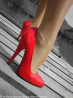 The might red pumps. All else looks bleak around it. Pretty Shoes, Beautiful Shoes, Cute Shoes, Me Too Shoes, Red Heels, Shoes Heels, Red Stilettos, Red Pumps, High Heel Boots