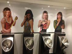 Too funny! Man Bathroom, Bathroom Humor, Funny Photos, Funny Images, Danish Men, Cafe Concept, Garden Shelves, Pub Design, Goth Home Decor