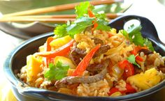 Sweet and Sour Beef Curry Beef Curry, Chicken Curry, Sweet And Sour Beef, Tasty Thai, Indian Food Recipes, Ethnic Recipes, Chicken Tikka, Curry Recipes, Food And Drink