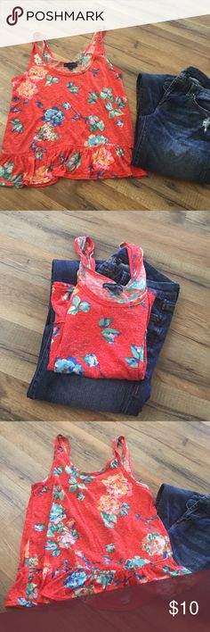 American eagle 🦅 tank top crop top Size small, really pretty orange red color. Very flattering. Looks great with white jeans or shorts. Fun perfect for spring American Eagle Outfitters Tops Tank Tops