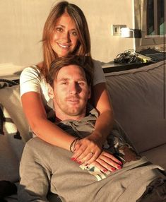 Lionel Messi Family, Argentina National Team, Best Friend Photography, Fc Barcelona, Football, Couple Photos, Instagram, Couples, Happy