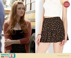 Lydia's brown cardigan and floral skirt on Teen Wolf.  Outfit Details: http://wornontv.net/34891/ #TeenWolf