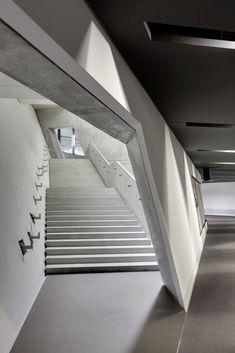 Daniel-libeskind-military-museum-11