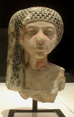Queen Meritaten, was the oldest daughter of Akhenaten and Nefertiti. She was the wife of Smenkhkare. She also may have ruled Egypt in her own right as pharaoh and is one the possible candidates of being the pharaoh, Neferneferuaten, although the fact that Egyptian Pharaohs, Egyptian Queen, Ancient Egyptian Art, Ancient History, Women In History, Art History, Louvre Museum, Ancient Artifacts, African History