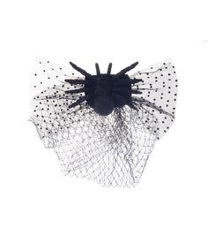 Maker's Halloween Deluxe Veil With Spider