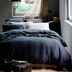 Bedding - Home Republic Vintage Washed Bed Linen at Adairs casual, comfortable, inviting. mix blue white and beige Try white sheets, blue duvet cover, beige throw and european pillows Bedding Sets Online, Luxury Bedding Sets, Master Suite, Master Bedroom, Dream Bedroom, Scandinavian Style Bedroom, Washed Linen Duvet Cover, Ikea, Home Republic