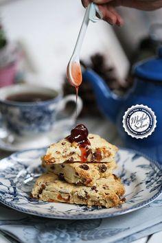 Scone – Kuru Meyveli Dilim Çörek – Mutfak Sırları – Pratik Yemek Tarifleri