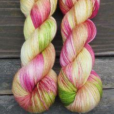Daylilies - Shiruku - Babette | Miss Babs Hand-Dyed Yarns & Fibers, Inc.
