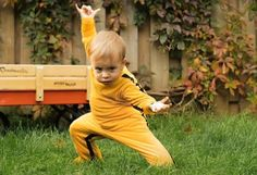 Dragon Baby - Some clever use of CGI and little tyke moves gives us this miniature Kung-Fu baby with a chip on his shoulder and the moves to back it up. Don't miss Iron Baby afterwards either!