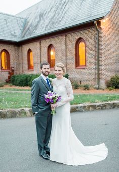 St. Mark's Episcopal Church, Huntersville, NC Love this photo of the outside of the church from the Fox/Blackwelder Wedding!  Photo Credit: Emma Loo Photography (emmaloophotography.com)