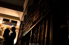 George Peabody Library wedding photo couple silhouette among books Draco Malfoy Aesthetic, Slytherin Aesthetic, Harry Potter Aesthetic, Mythos Academy, Aesthetic Couple, Library Wedding, Weasley Twins, Light In The Dark, Hogwarts