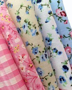 5 Hlaf Metre Fabric Bundle in Vintage Blue and Pink