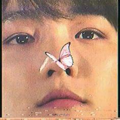 Baekhyun Hot, Park Chanyeol Exo, Film Aesthetic, Aesthetic Videos, Exo Songs, Exo Chanbaek, Kpop, Flower Boys, Video Editing