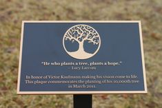 Outdoor Plaques Memorial For Benches Name Signs House Custom - DIY and crafts Daffodils Poem, Popular Tree, Forms Of Poetry, Garden Plaques, Garden Party Decorations, Memorial Stones, Cooking Classes For Kids, Outdoor Signs, Inspiration For Kids