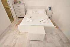 192zl doba Sprawdź tę niesamowitą ofertę na Airbnb: Downtown apartment PORTA BLU - Apartamenty do wynajęcia w: Split