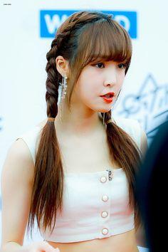 Jung Eun Bi, Gfriend Yuju, Cloud Dancer, K Pop Star, G Friend, Kpop, My Sunshine, Ultra Violet, Pretty Hairstyles