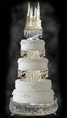 White snow castle & crystal cake