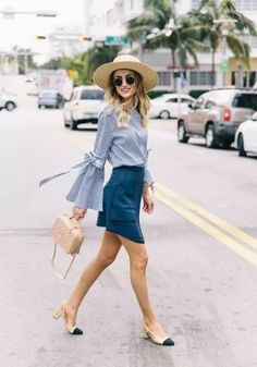 Street Style.. Cogiendo ideas  #ootd #outfitoftheday #lookoftheday #moda #estilo #fashion #style #outfit #look #clothes #streetstyle #streetwear #ideas