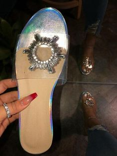 Indoor Home Bright Diamond Non-slip Sandals Flat Outdoor Banquet Slippers – #slippersoutfit #slipperscute #slipperscozyhouse #slippersoutfitlazydays #slippersoutfitcasual #slippersoutfitschool #slippersoutfitsummer #slipperscozy Tap Shoes, Shoes Heels, Dance Shoes, Flats, Sandals Outfit Summer, Summer Outfits, Shoes For College, Curvy Fashion, Womens Fashion