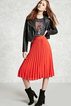 A woven skirt featuring an accordion-pleated design, a hidden side zipper, and lining.