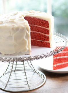 I really really desperately want someone to buy me a DaisyCake for my birthday. I'm dying to try one! The trouble is picking a flavor. I'm torn between Red Velvet, Lemon & Coconut. I doubt there's a bad choice in the bunch though.