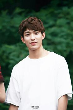 because seventeen are my aesthetic Woozi, Jeonghan, Wonwoo, Seventeen Lee Seokmin, Seventeen Debut, Thing 1, Light Of My Life, Pledis Entertainment, Seungkwan