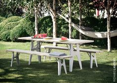 A new take on the traditional beer-garden set: table and bench ›Ludwig‹ by Alexander Seifried #home #beer-garden #bench #garden #gardenfurniture