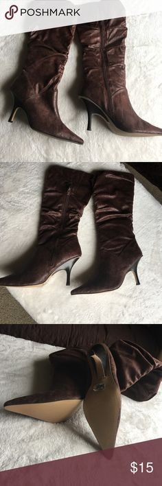 Brown boots with heel size 8 1/2 NEW BOOTS size 8 1/2. Brown Anne Michelli boots with 4 inch heel with pointed toe. Small mark on right boot picture provided Shoes Heeled Boots