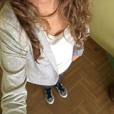Un look relajado para comenzar la semana  Feliz tarde!! #ideassoneventos #imagenpersonal #imagen #moda #ropa #looks #vestir #wearingtoday #hoyllevo #fashion #outfit #ootd #style #tendencias #fashionblogger #personalshopper #blogger #me #lookoftheday #streetstyle #outfitofday #blogsdemoda #instafashion #instastyle #currentlywearing #clothes #fashiondiaries