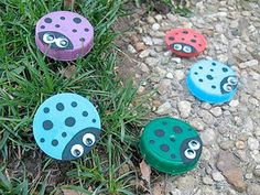 Summer arts and crafts for kids. Summer arts and crafts for kids. Here are some of Easy DIY crafts projects. Most of these crafts are very simple to make. Get ready to be inspired and start creating your own DIY Arts and crafts, Camping crafts, Cool Family Crafts, Easy Crafts For Kids, Cute Crafts, Crafts To Make, Art For Kids, Kids Fun, Toddler Crafts, Plastic Bottle Caps, Bottle Cap Crafts