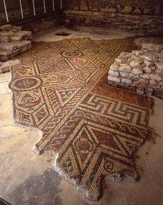 North Leigh Roman Villa Mosaic