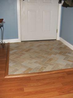 Ideas De Pisos Para Que Te Animes A Renovar Tu Entrada Ya New House Flooring Tiles Entryway