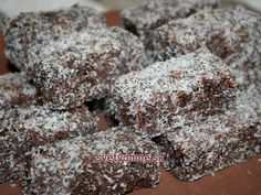 Recipe for preparing easy holiday pastry. Baking Flour, Baking Tins, Hedgehog Recipe, Pastry Cook, Chocolate Topping, Cake Bars, Cookie Desserts, Coconut Flour, Food And Drink