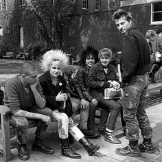 janette beckman's iconic punk photographs capture britain's youth rebellion | punks words end london 1978