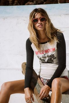 Wild Moon Raglan - Off White - Spell. Love the T and the sunnies