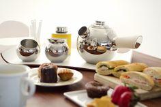 FREUD tea ware