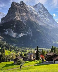 Wonderful Places: Jungfrau - Switzerland ✨❤️❤️❤️✨ Picture by ✨✨ . for a feature . La Provence France, Places To Travel, Places To See, Wonderful Places, Beautiful Places, Amazing Photography, Nature Photography, Adventure Photography, Canon Photography