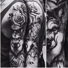 Winged wolf and roses!not a big fan of dot work but its always nice to go out from your confort zone!  #support_good_tattooing #tattoo_artwork #tattoosnob #tattooart  #tattoolifemagazine  #inkedmag #superbtattoo #tattooinstagram #inkjunkeyz #dublinink  #tattooistartmag  #tattoo #tattoos_everyday #blackwork