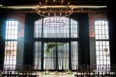 Lauren + Nick: Columbus Ohio High Line Car House Wedding | Amy Ann Photography