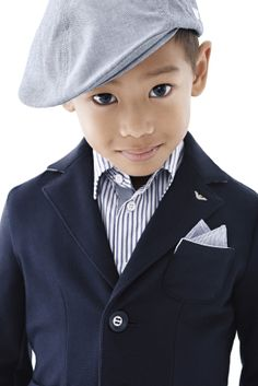 Love this Armani Junior Boys Spring Summer 2014 Look Book Photo. Classic Children's Clothing inspired by the Armani Men & Women Collection. Fashion Kids, Little Boy Fashion, Carters Baby, Emporio Armani, Baby Kids, Baby Boy, Modern Kids, Stylish Kids, Kid Styles