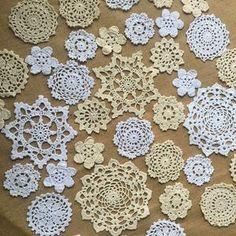 Doilies Crafts, Crochet Doilies, Crochet Flowers, Crochet Round, Hand Crochet, Floral Wedding, Rustic Wedding, Doily Art, Crochet Flower Tutorial