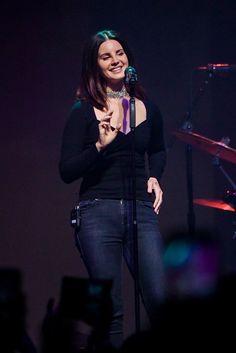 Lana Del Rey performing in New York - Got your bible, got your gun