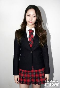Black Tailored Blazer with Red Checkered Skirt Fashion of fx Krystal Krystal Jung Fashion, School Uniform Fashion, School Uniforms, Krystal Fx, Checkered Skirt, Sailor Dress, Ulzzang Fashion, Stage Outfits, Skirt Fashion
